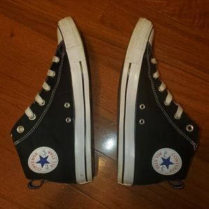 Men's Converse mid tops